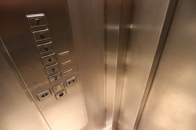 Proč rekonstruovat výtah