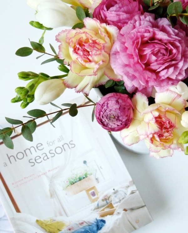 floral-arrangement-peonies-and-magazine-styling-600x742
