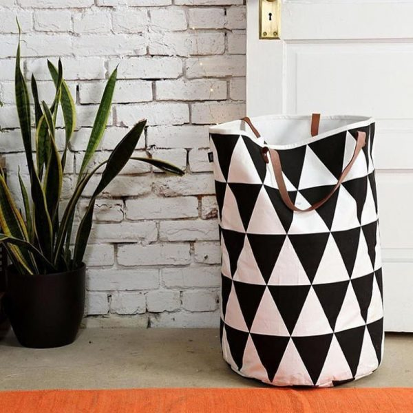 stylish-monohrome-triangle-print-laundry-basket-600x600