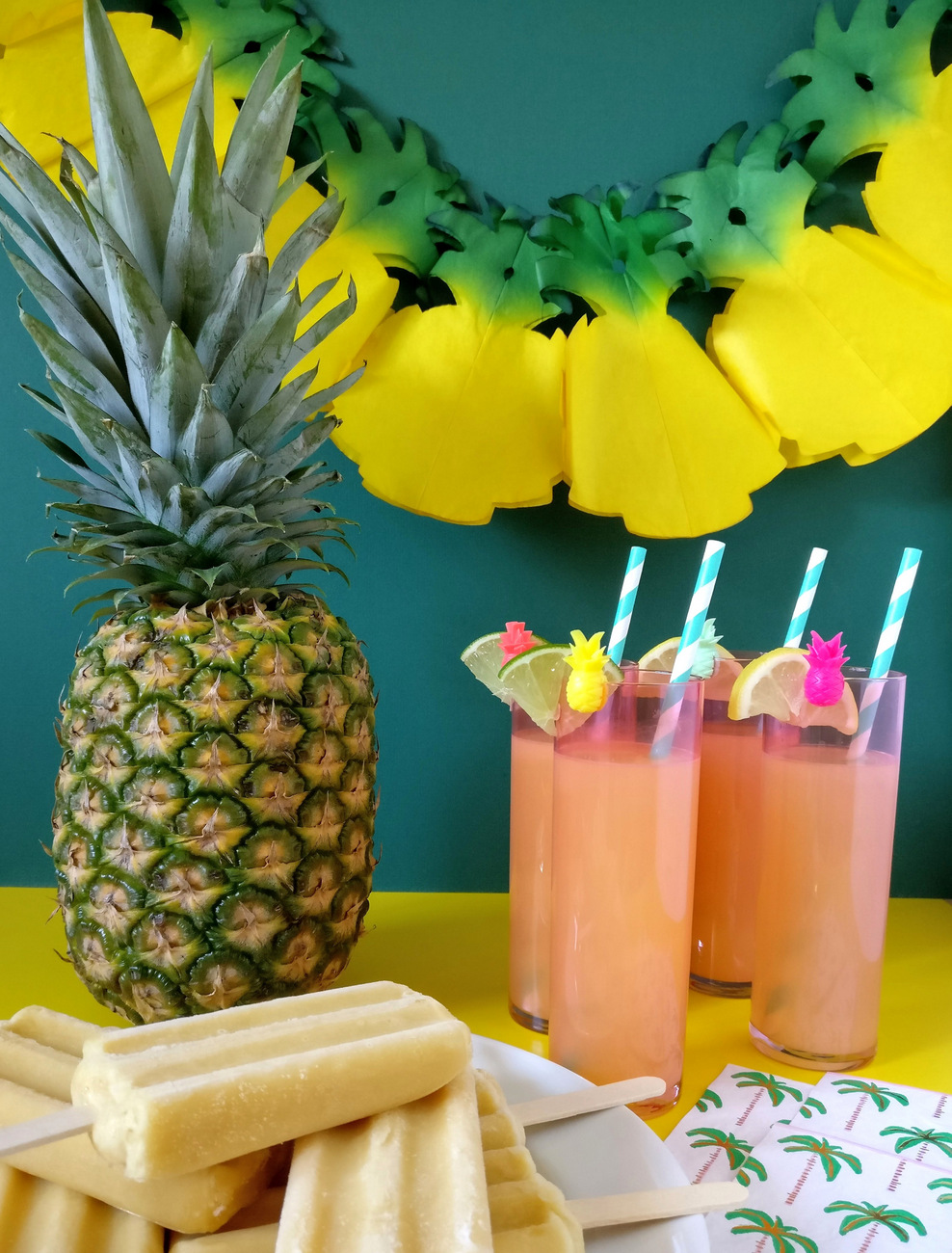 Tropical-party-decorations